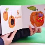 Die-kleine-Raupe-Nimmersatt-Mein-Fingerpuppenbuch-0-1